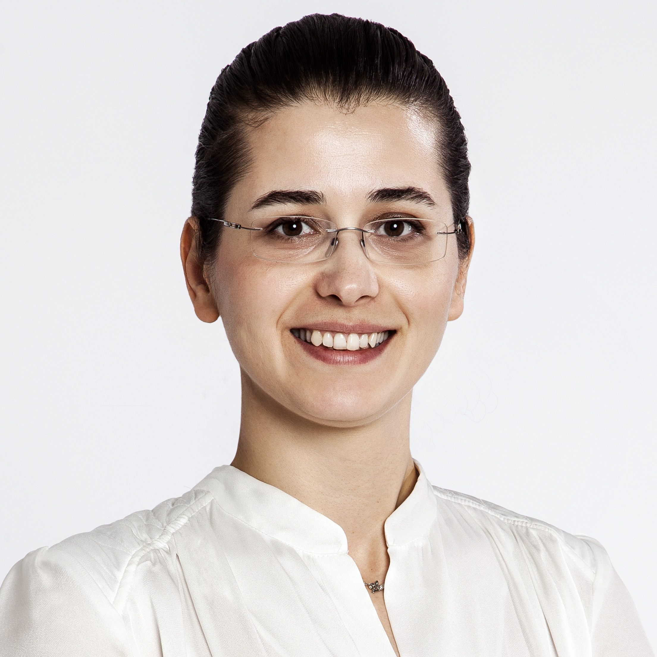 bd-yarina-014.jpg Arzu Konyalı Malzeme Kalite Güvence Müdürü, ...